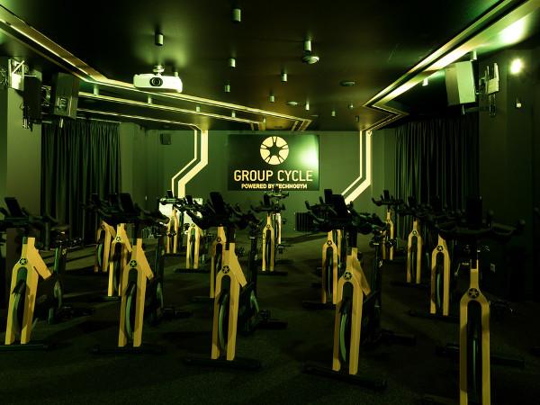 Отделка «Group Cycle Studio» на улице Семашко